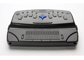 PAC Mate Omni portable Braille notetaker.